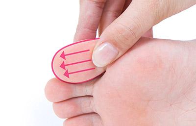 """画像23: 【症状別】足裏マッサージのやり方 不調や痛みを改善する""""痛くない""""足裏ケア"""