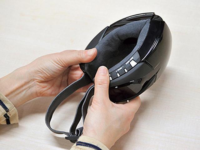 画像: コンパクトに折り畳んで持ち運び可能。移動中や仕事先でも活用できる。