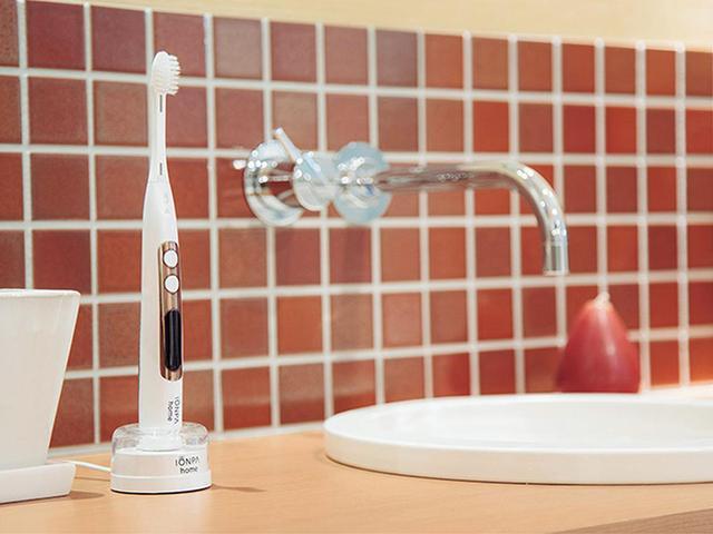 画像2: 歯垢を強力に落とすアイオニックの最新電動歯ブラシ「 IONPA home DP-111」