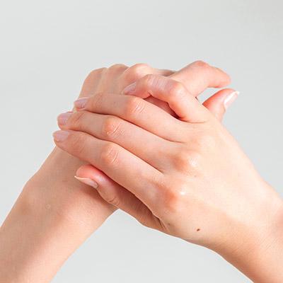画像3: 【ハンドクリームの塗り方】肌荒れやかゆみなど症状による使い分け方をベテラン美容家が伝授