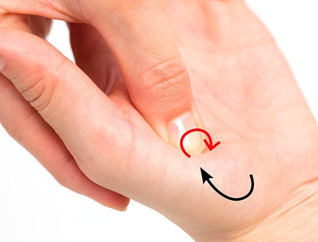 画像2: 【手のマッサージの効果】手もみがもたらす5つの作用と不調が改善する手のもみ方