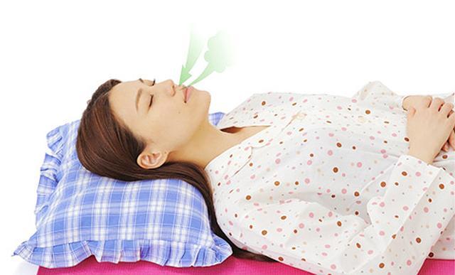 画像1: 【自律神経を整える方法】ヨガの呼吸法で「呼吸筋」を鍛えると血圧が下がり熟睡できる