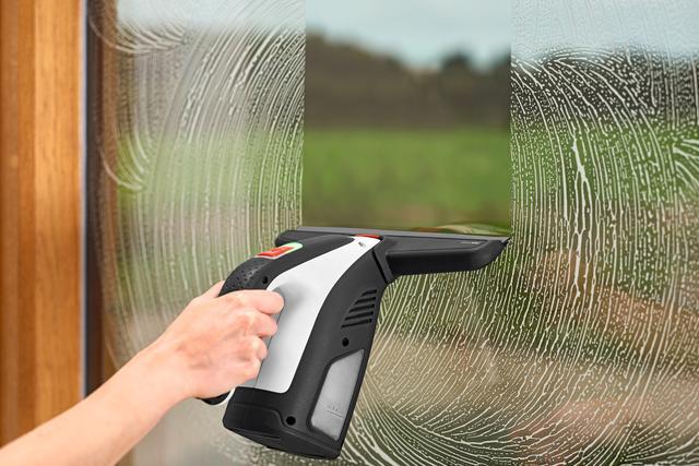 画像1: 【窓掃除を簡単にする道具】自宅や車の窓、浴室の壁をキレイにするボッシュのバキュームクリーナー