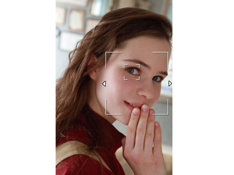 画像: 被写体の瞳の部分を検出して自動フォーカス。被写体が動いても自動的に追従する。