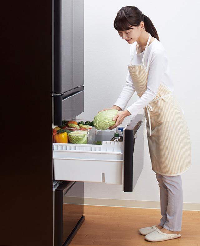 画像: 野菜や果物をよく出し入れする人は、野菜室の位置をチェック。
