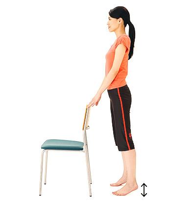 画像3: 【骨粗鬆症を予防】話題の「かかと落とし」で骨密度がアップする