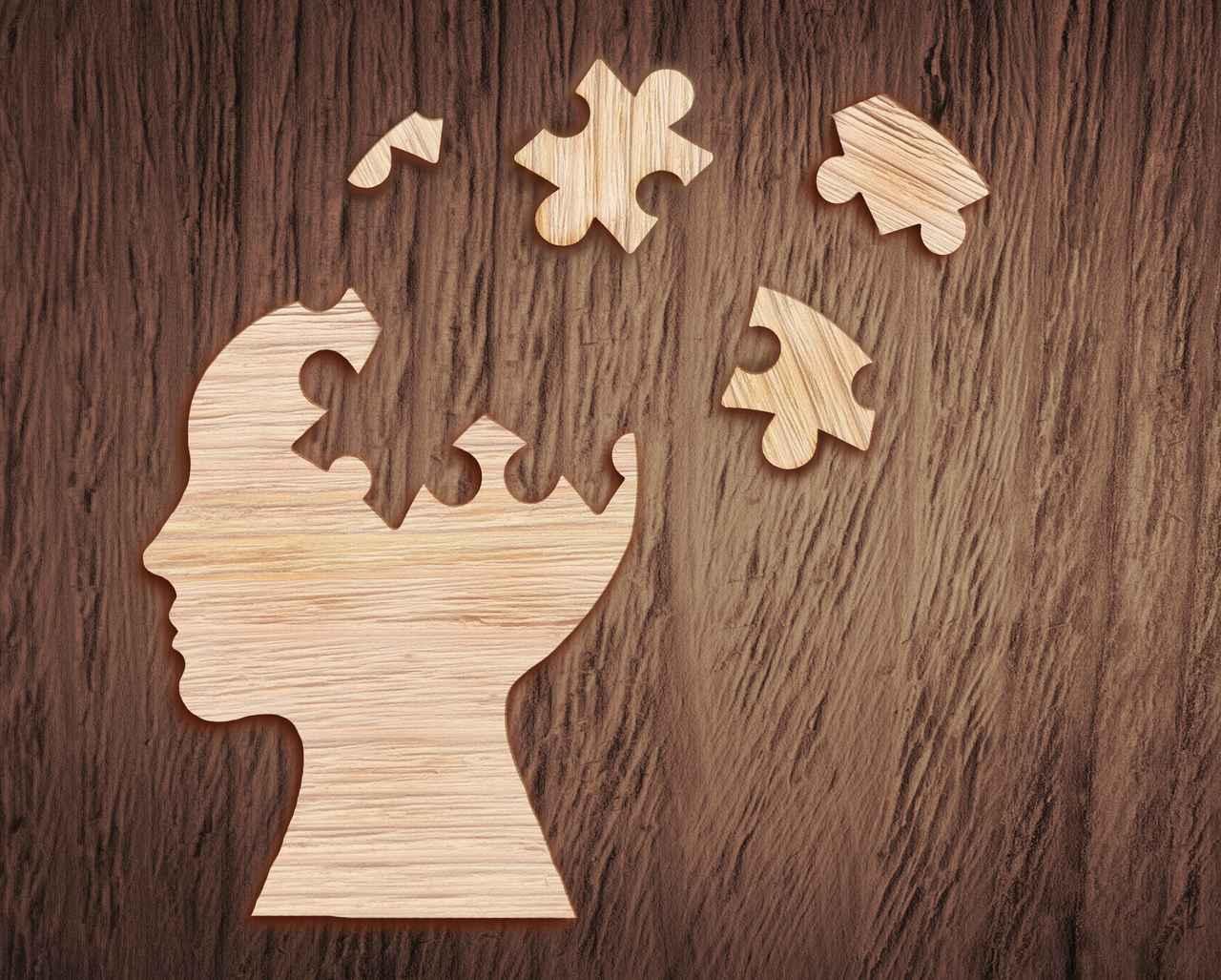 画像: 難聴が認知症を引き起こすリスクに。