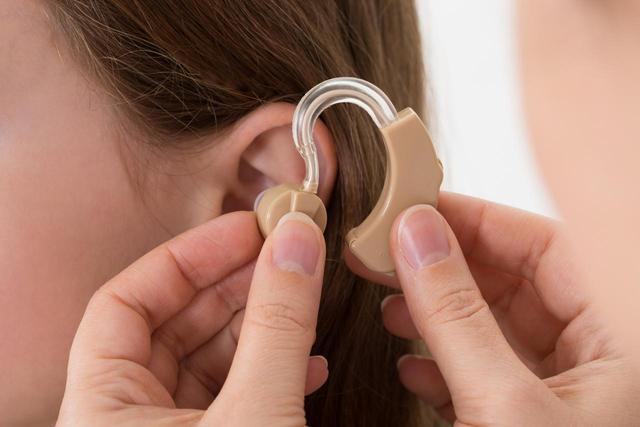 画像: 補聴器を使えば耳鳴りの9割はよくなる!