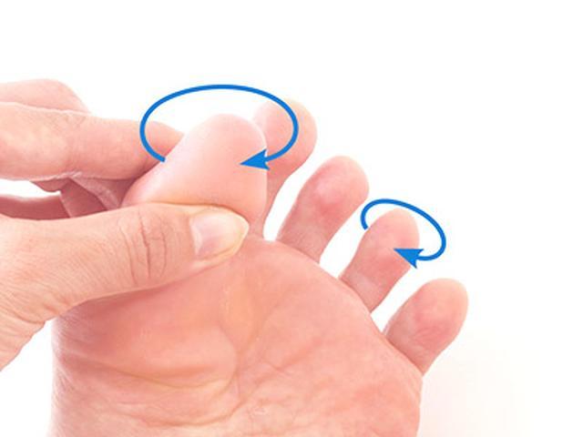 画像15: 【足裏の反射区】症状別「足の裏もみ」のやり方 心の痛みに気づいてあげることが大切