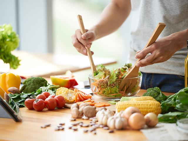 画像: あなたは野菜をどの位取っていますか?