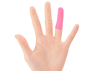 """画像5: ひざ痛を改善する""""手指""""のテーピングのやり方 間接的に刺激して痛みを緩和する!"""