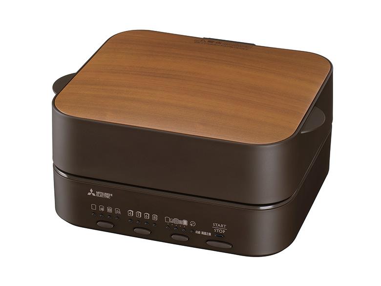 画像: キッチンではなく、ダイニングテーブルに置いておけるようなデザインを採用。操作ボタンも少なく、シンプルに使える。加熱モードは「トースト」「冷凍トースト」「トッピングトースト」「フレンチトースト」の4種。