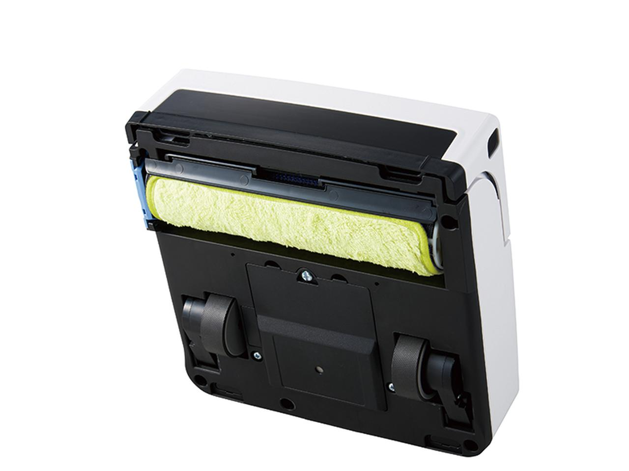 画像: 回転式ローラーが、5分半ごとに30度回転。常にきれいな掃除面をキープ。市販の使い捨てシートも使用可能。