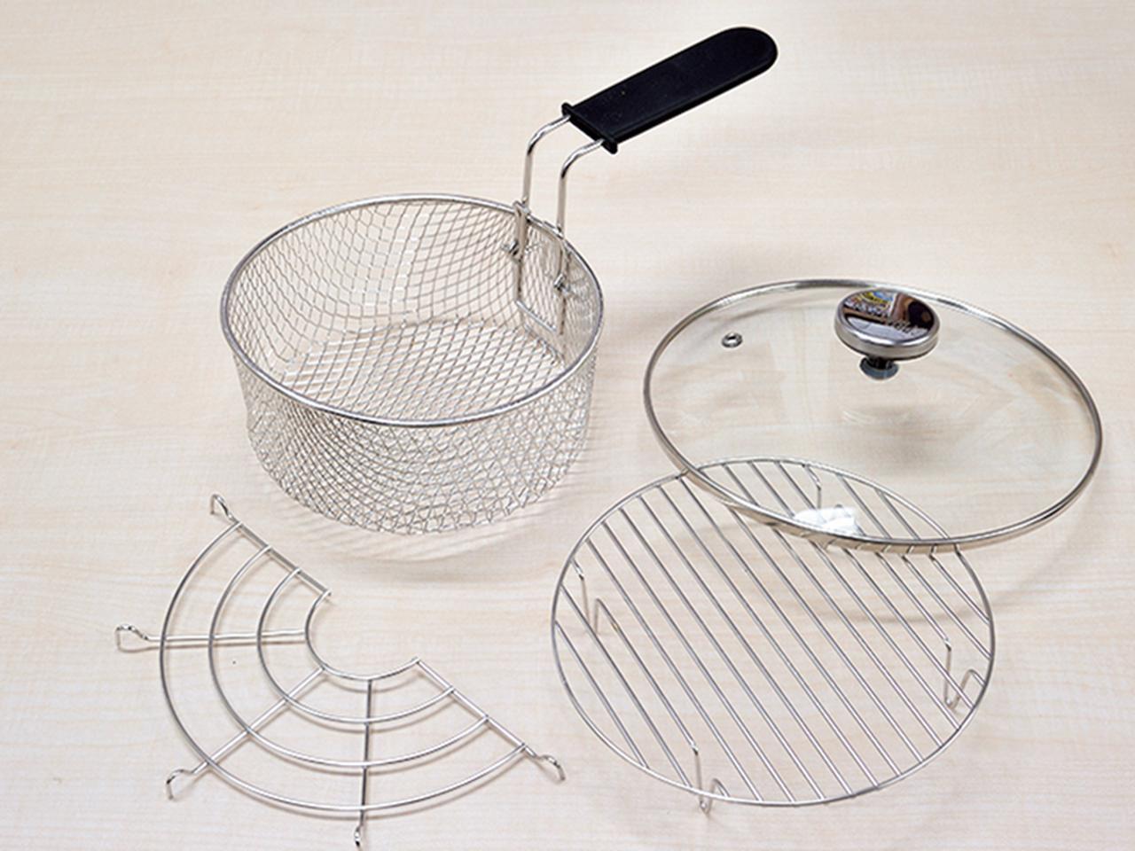 画像: 今回トライしたのは 卓上調理用コンパクト鍋