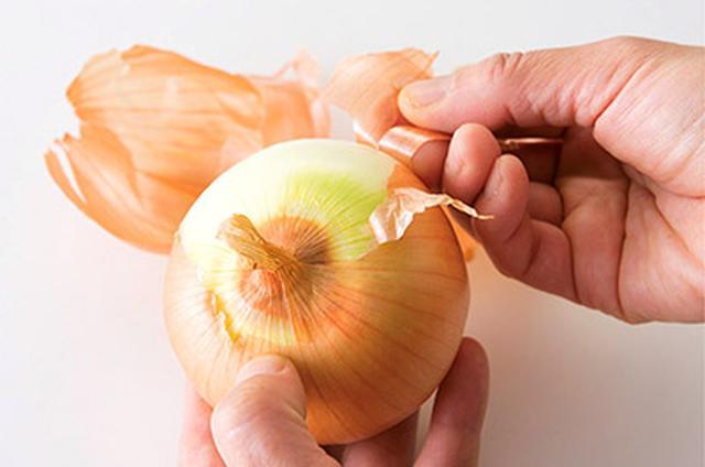 画像1: 【玉ねぎの皮レシピ】有効成分は中身の30倍!皮の粉・煮汁の作り方 めちゃ旨&お手軽アレンジ料理を大公開
