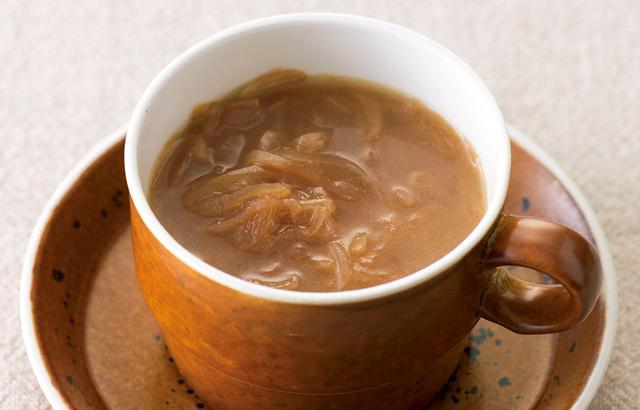 画像: <皮の煮汁を使う> オニオンスープ