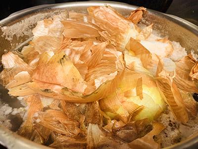 画像2: 玉ねぎの皮を使った「チキンカレー」の作り方
