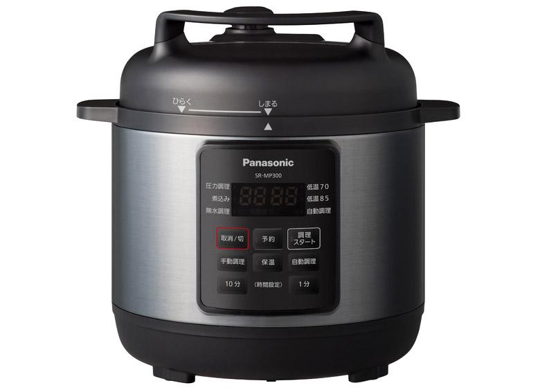 画像: 満水容量3リットルの電気圧力鍋。カレーなら、4~5人分を一度に作ることができる。1.7気圧での加圧を特徴としており、時間のかかる煮物や黒豆なども短時間でおいしく調理可能。はやりの無水調理にも対応している。実売価格例は3万2180円。