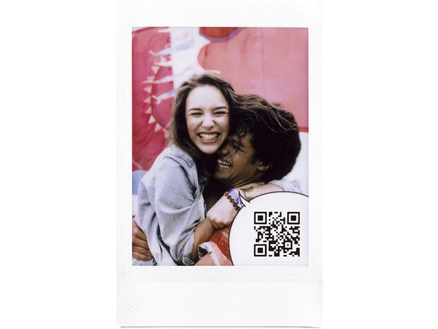 画像: 写真の中に音声のQRコードを入れてプリントできる。