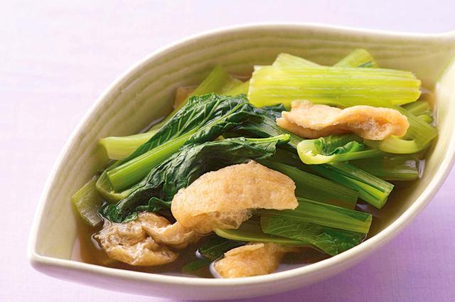 画像: 糖質の少ない葉野菜は煮びたしにするとたくさん食べられる [糖質:1.2g]