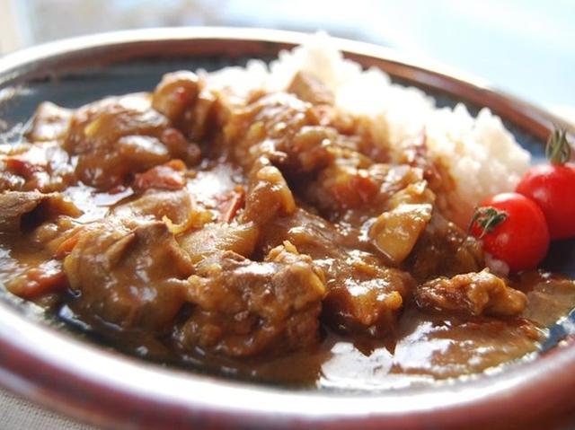 画像: 牛すじカレー(公式サイトより) cook-healsio.jp