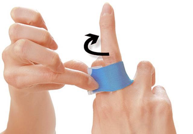 画像39: ふくらはぎダイエットに!二重あごや二の腕など「部分やせ」ができる【ダイエットテープのやり方】を紹介