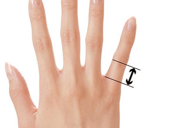 画像49: ふくらはぎダイエットに!二重あごや二の腕など「部分やせ」ができる【ダイエットテープのやり方】を紹介