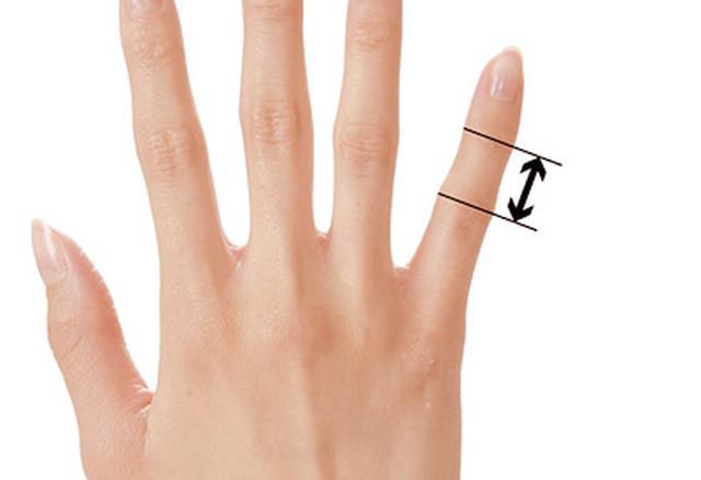 画像56: ふくらはぎダイエットに!二重あごや二の腕など「部分やせ」ができる【ダイエットテープのやり方】を紹介