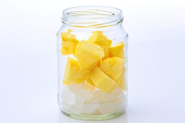 画像1: 【パイナップル酢の作り方&飲み方】熱中症予防や紫外線対策におすすめのフルーツ酢
