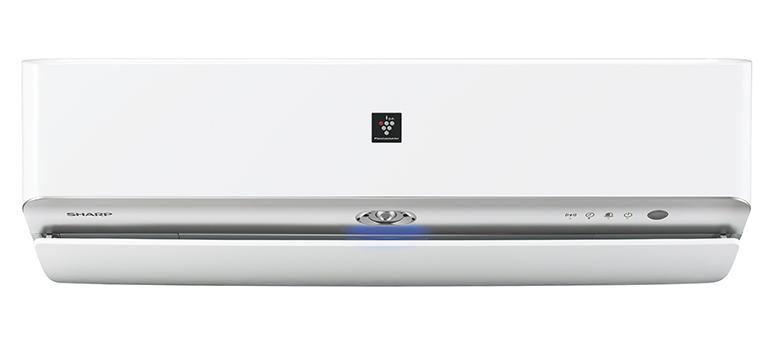 画像: 従来比約2倍に濃度をアップしたプラズマクラスター放出機能を搭載。エアコン内部のカビも抑制する。
