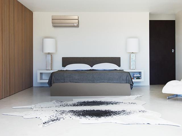 画像: 小部屋用もラインアップするSシリーズでホワイトとシャンパンゴールドを用意。