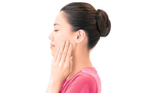 画像2: 「耳の下もみ」のやり方