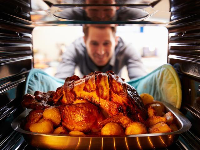 画像: 人工知能で調理をサポート