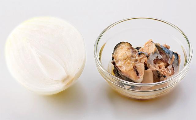 画像1: 【サバ缶の食べ方】玉ねぎとの相性が抜群!全身の血流がよくなりシミが薄くなった おすすめの薬膳レシピを紹介