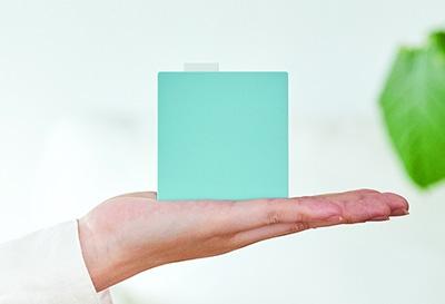 画像: ②手のひらサイズ&電池駆動