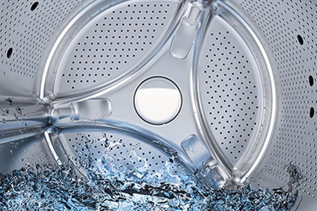 画像: 欧米ではお湯で洗うのが一般的。