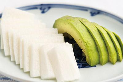 画像: アボカド、長イモはスライスにするのも、食感が変わるのでお勧め