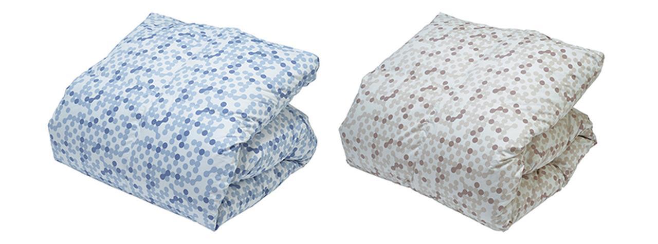 画像: これから迎える季節に合わせ、羽根布団や毛布など、暖かい寝具もラインアップ。カバー類を含め、いずれも同等の消臭・抗菌効果を保持している。