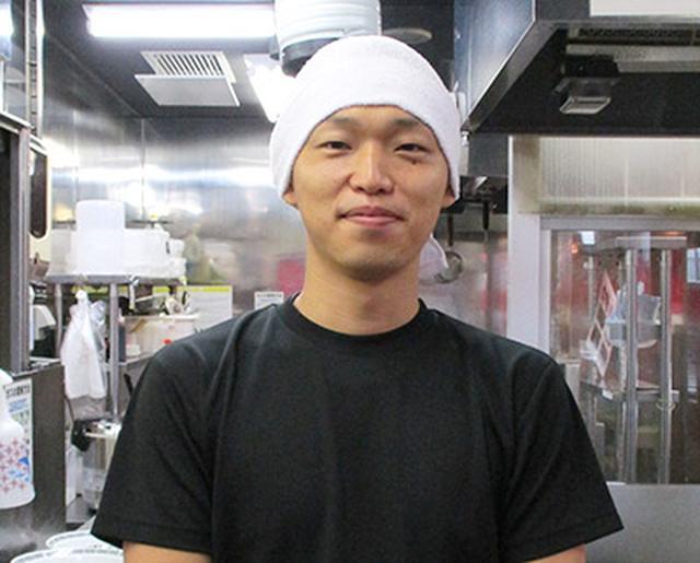 画像: 「酢モヤシは欠かせない」と小谷店長