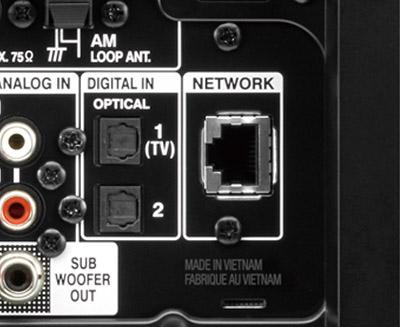 画像: ●LANとWi-Fiに対応 LAN端子を搭載するほか、2.4G/5GヘルツのデュアルバンドWi-Fiに対応。