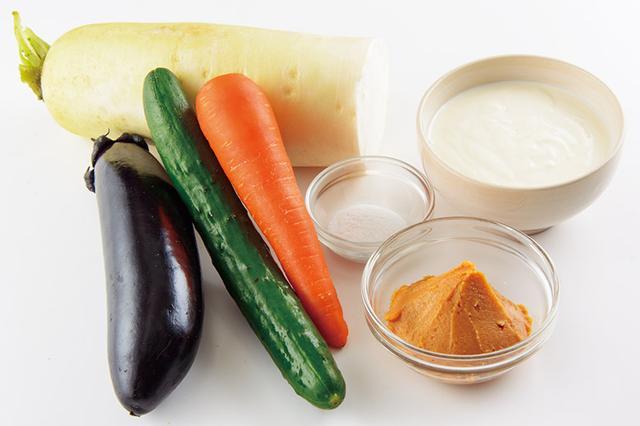 """画像1: 【ぬか漬けより簡単】ヨーグルト味噌漬けの基本の作り方&腸内の""""やせ酸""""を増やす効果的な作り方を紹介"""
