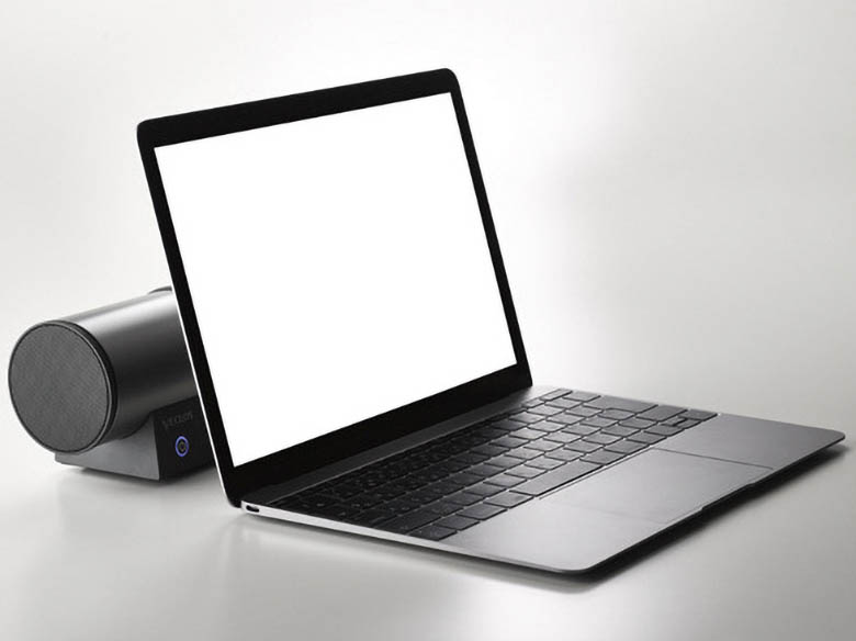 画像: 側方に音を放射する構造で、パソコンやタブレットの背後に設置しても、音質が変化しないよう考慮されている。定位も明確だ。