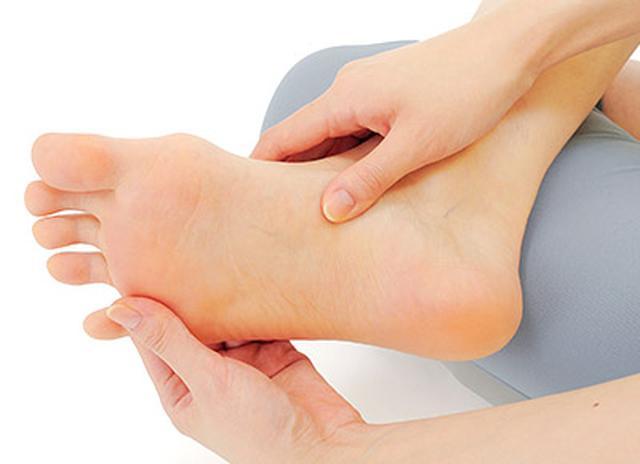 画像1: 糖尿病の合併症【足の壊疽】を予防 足の動脈硬化「足梗塞」の進行を抑えるフットケア方法とは