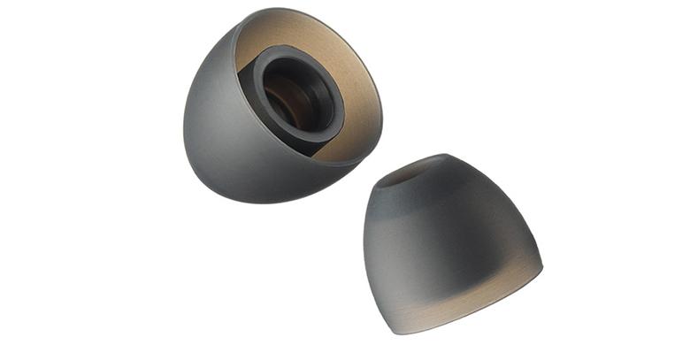 画像: 音道部分が独自の構造で、耳穴への装着性を高める機能を持つ。使用すると、従来より遮音性を高められるほか、音質的にもよりクリアになる効果がある。