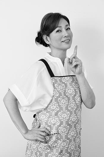 画像: 美容研究家・岡江美希の誕生