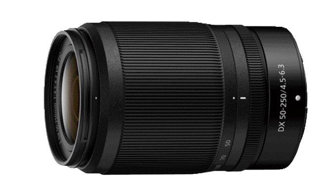 画像: DXフォーマット専用レンズは標準ズームの「Z DX 16-50㎜ f3.5-6.3 VR」のほか、望遠ズームの「Z DX 50-250㎜ f4.5-6.3 VR(写真左)」も用意される。