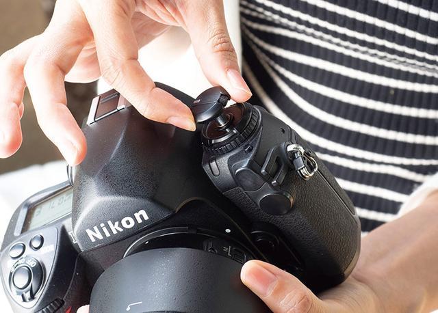 画像1: 【フィルムカメラの使い方】フィルムの装填方法・撮影時に気を付けたいポイント