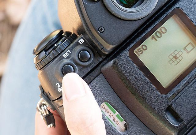 画像6: 【フィルムカメラの使い方】フィルムの装填方法・撮影時に気を付けたいポイント