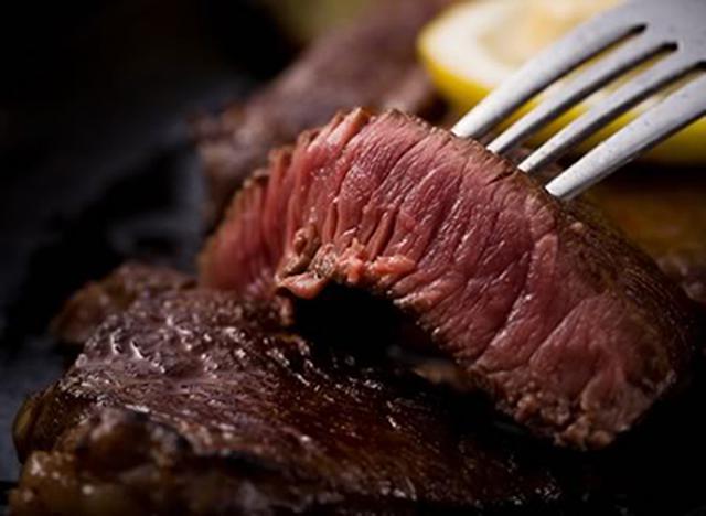 画像: 金城石垣牛のステーキ
