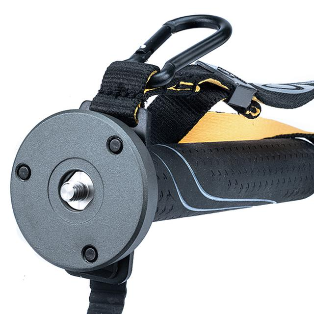 画像: カメラを直接取り付けることもできるが、小型の自由雲台やビデオヘッドの取り付けも可能。